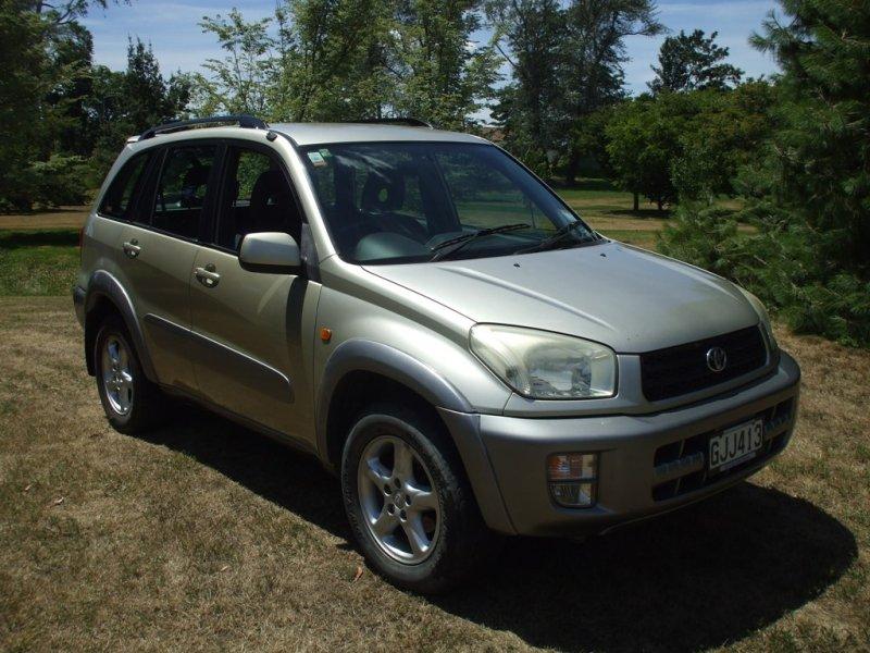 Toyota Rav 4 (1)